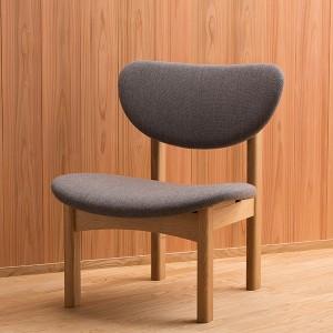 トヨさんの椅子