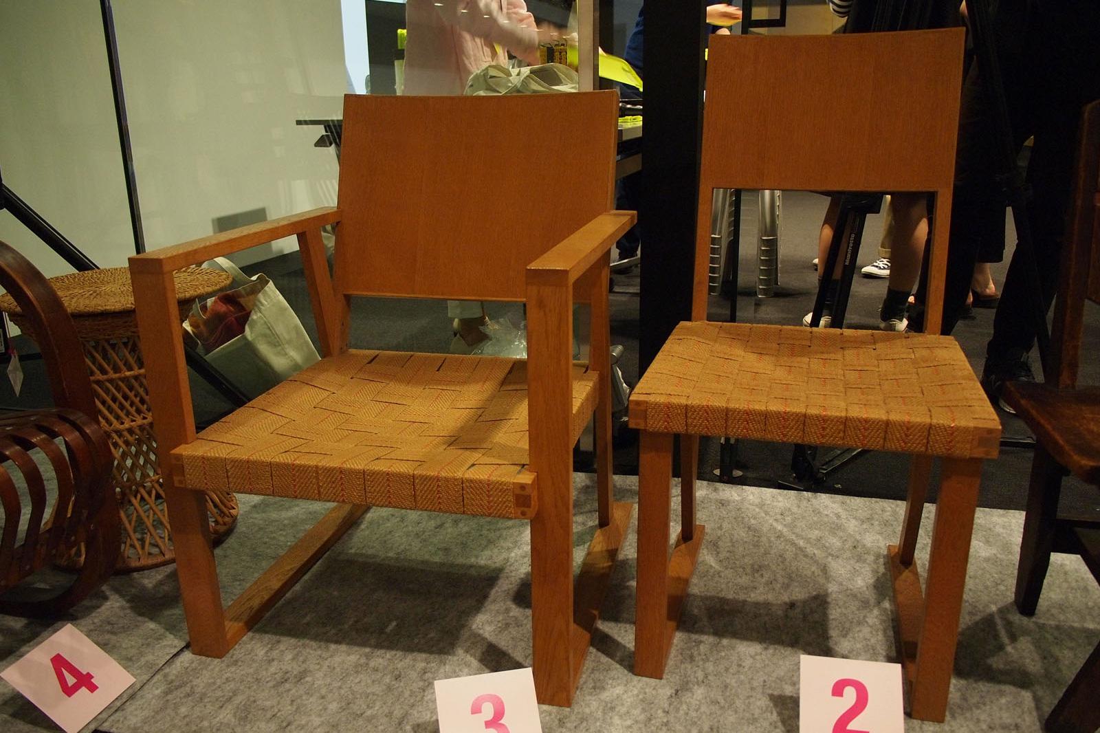 形而工房の椅子
